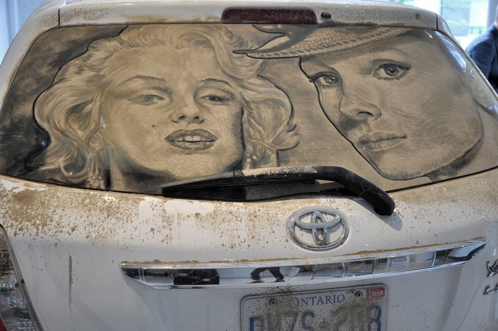 Dirty Car 002