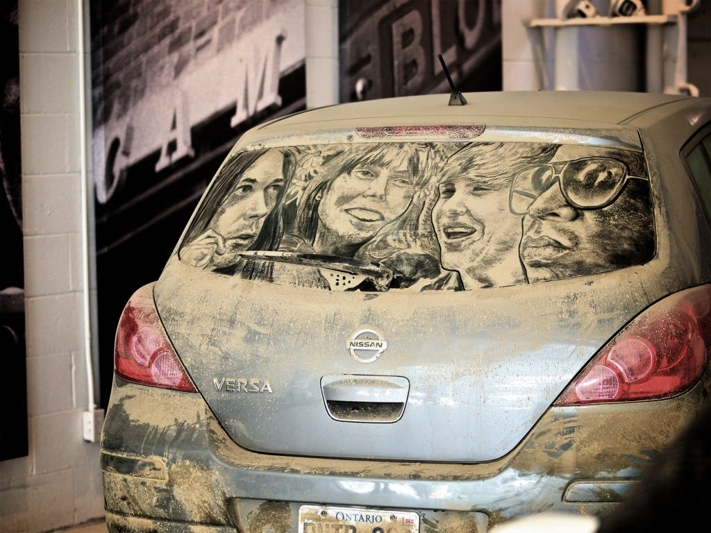 Dirty Car 008